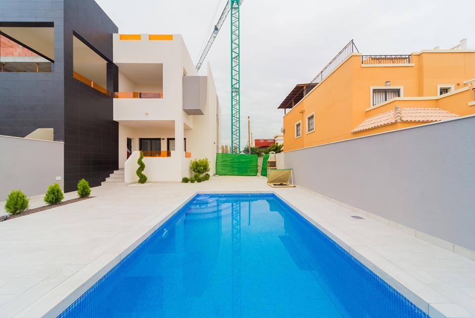 piscina en vivienda
